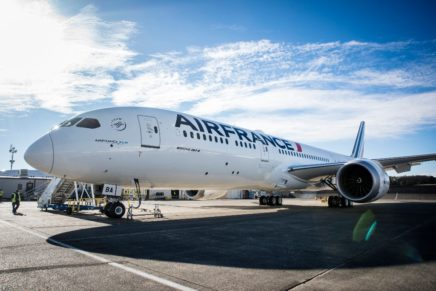 Air France to lease its Boeing 787 to Barcelona for Mobile World Congress